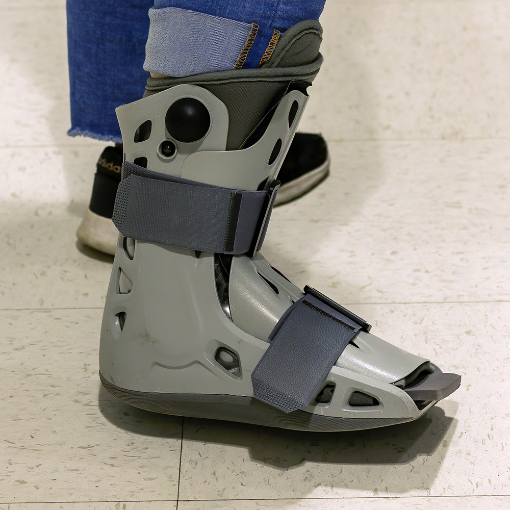 orthopedic boot